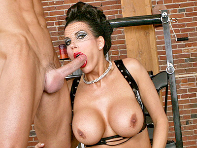 Big Tits MILF Mominatrix's Hot Blowjob