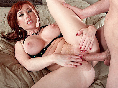MILF Brittany O'Connell Seduces a Younger Guy